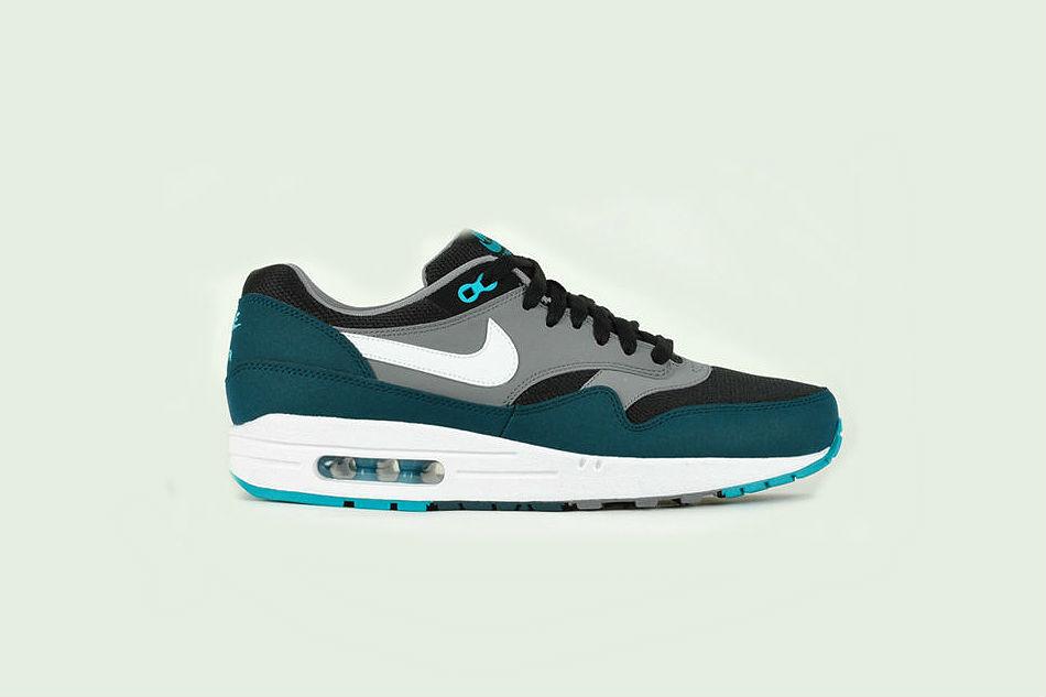 Nike Air Max 1 Essential Black Midnight Turquoise
