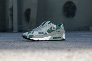 Nike Air Max 90 Premium Tape Gamma Green