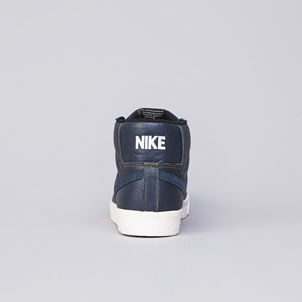 Nike SB Blazer Elite Classic Charcoal / Golden Hopps