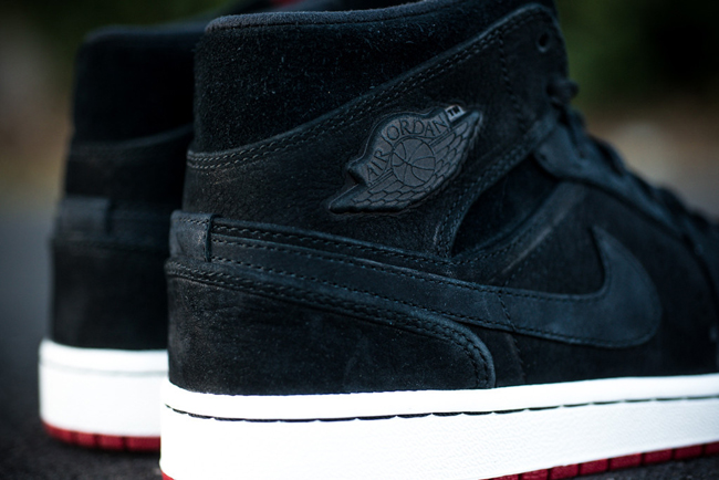 Air Jordan 1 Mid Nouveau Black