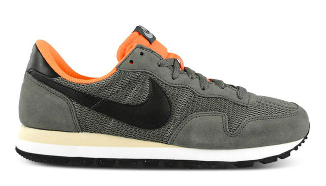 Nike Air Pegasus 83 Grey / Black