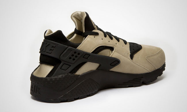 Nike Air Huarache Brown