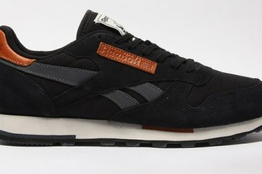 Reebok Classic Leather Black / Graphite / Sand