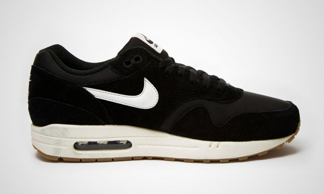 Nike Air Max 1 Essential Black / Gum