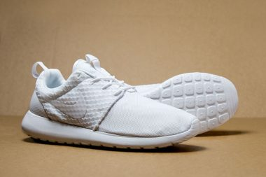 Nike Roshe Run Pure Platinum
