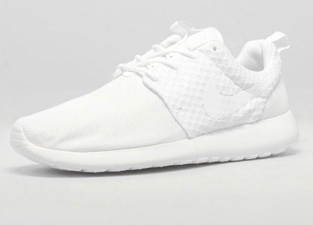 Nike Roshe Run Pure Platinum