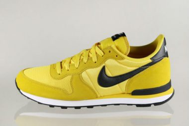 Nike Internationalist Tour Yellow