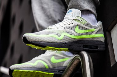 nike air max 1 breathe volt