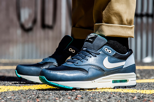 Nike Air Max 1 Leather Black/Ivory Dark