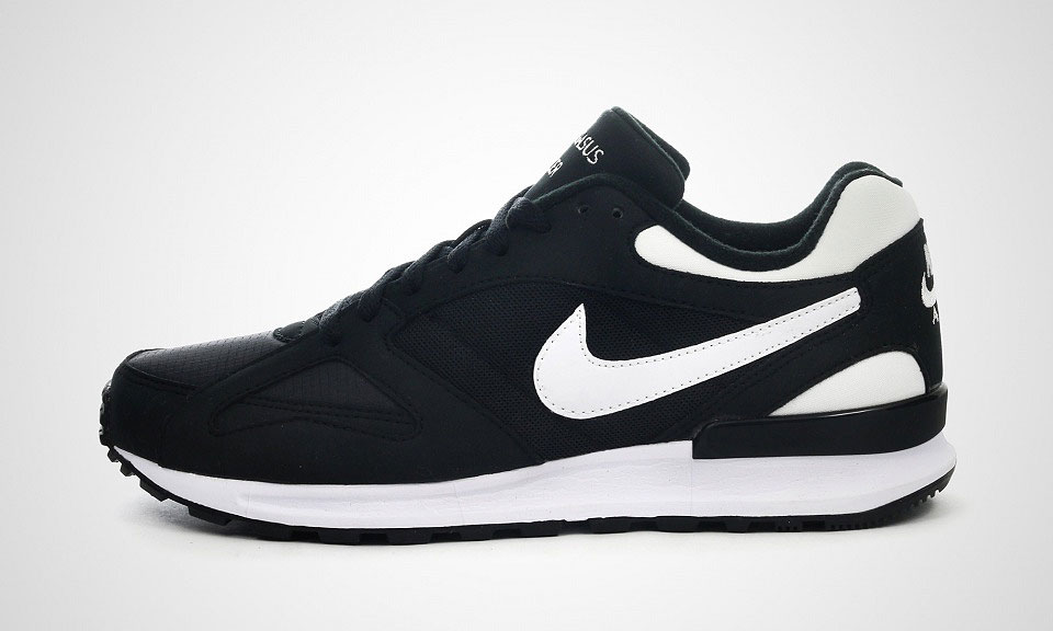 nike air pegasus racer black-white
