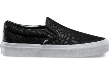 vans classic slip on pebble snake
