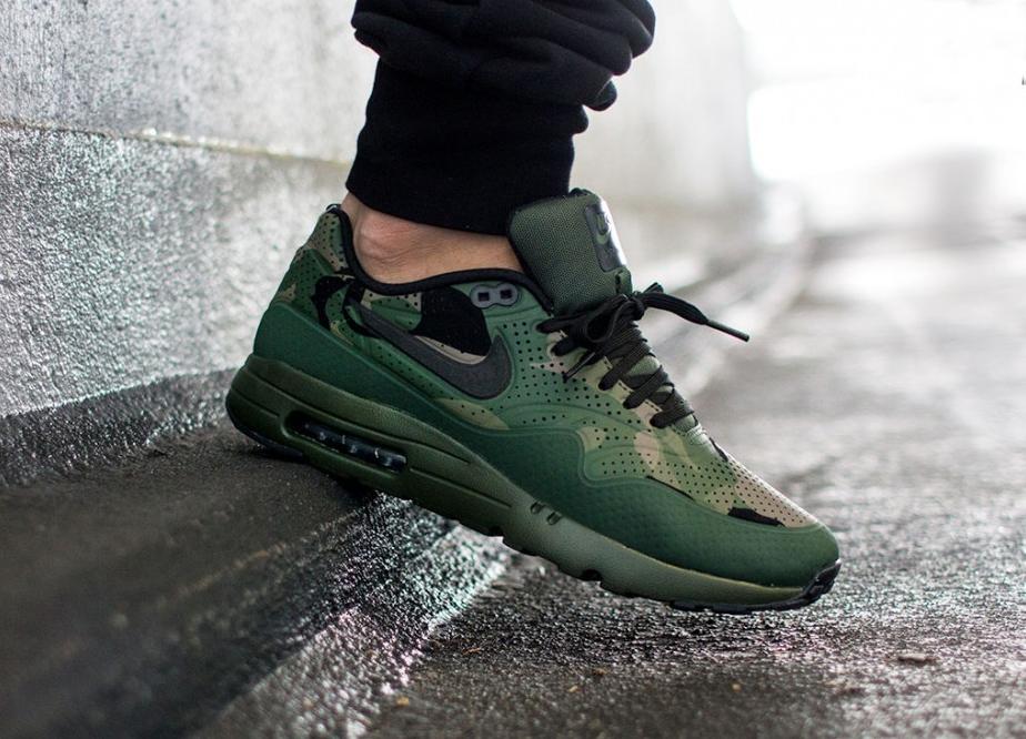 nike air max 1 ultra moire print carbon green black