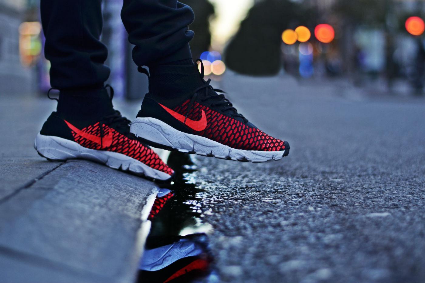 Nike Air Footscape Magista Flyknit Black/Bright Crimson
