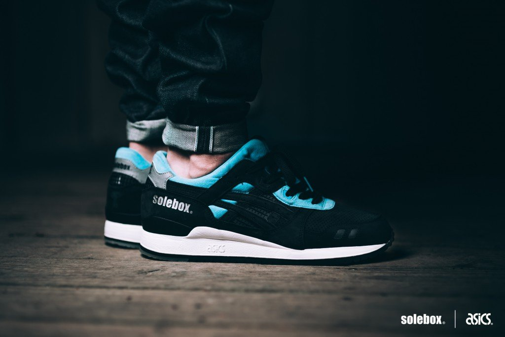 "Solebox X Asics Gel Lyte III ""Blue Carpenter Bee"""