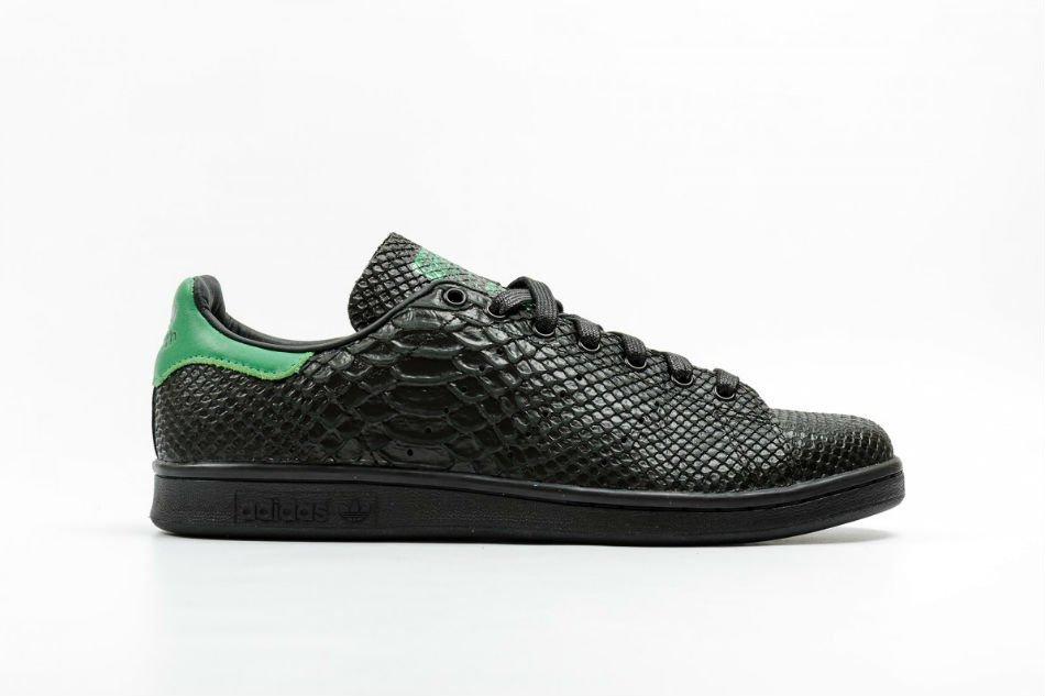 adidas originals stan smith-snake core black green s80022