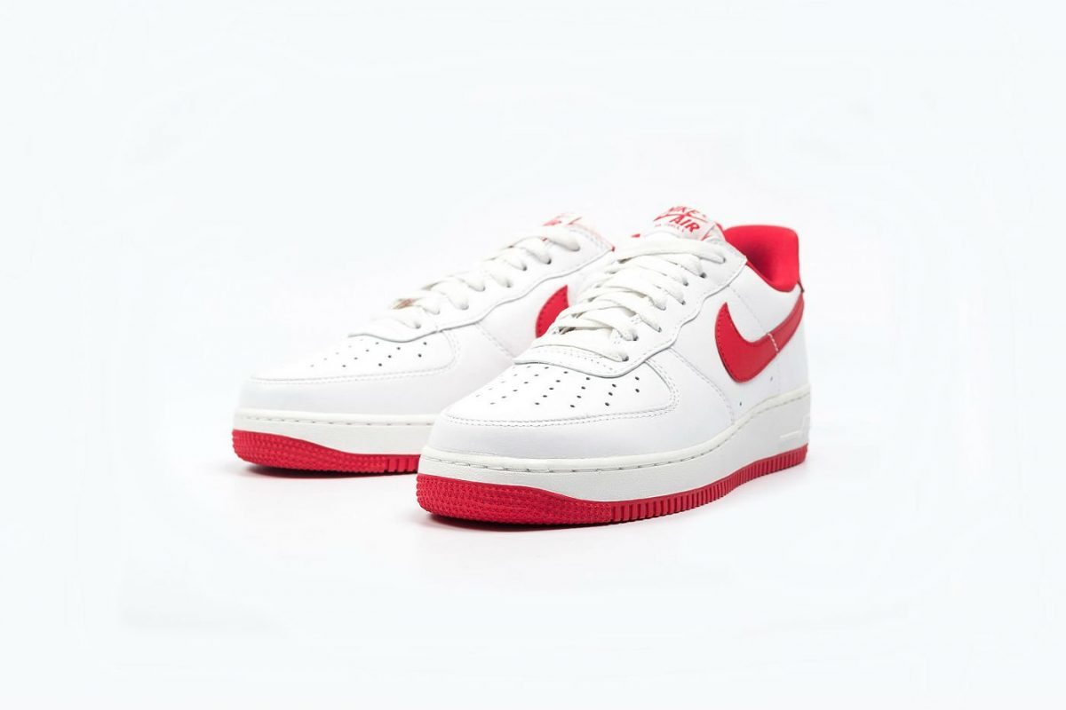 nike air force 1 low retro university red