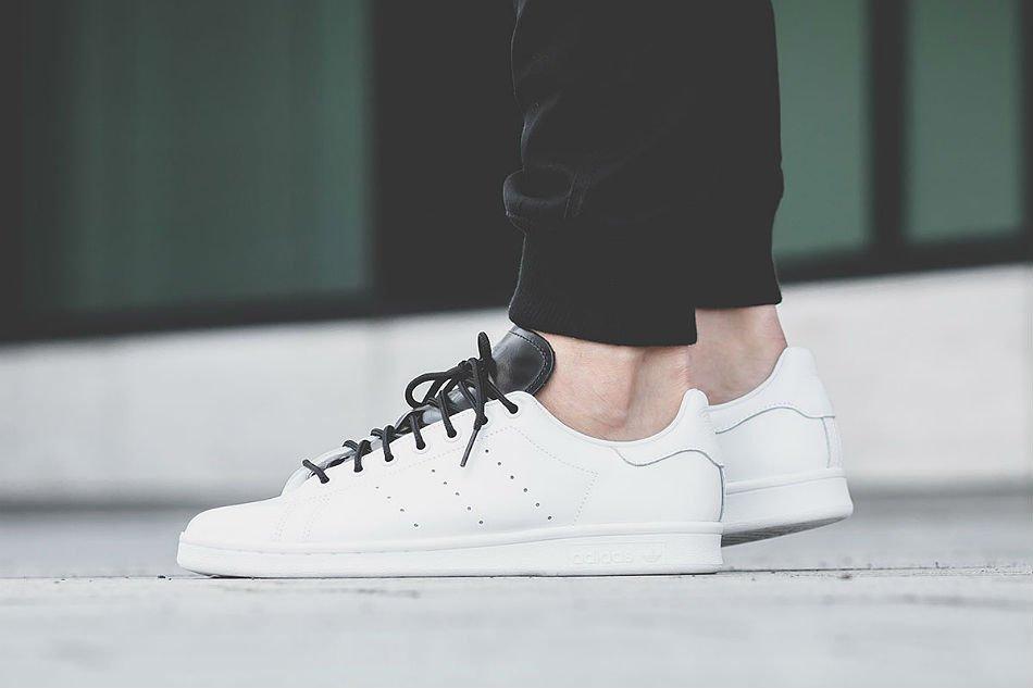 adidas originals stan smith white core black