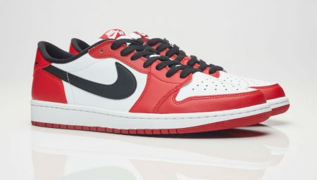 Air Jordan 1 Low Chicago