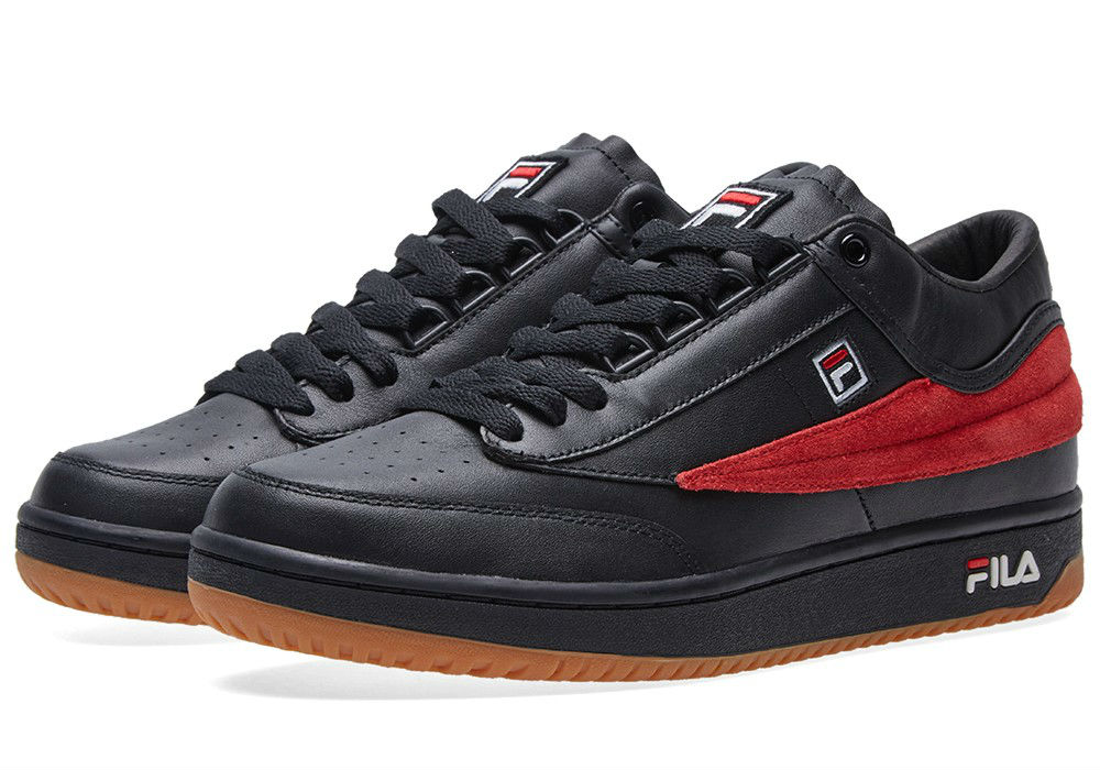 gosha-rubchinskiy-x-fila-t-1sneaker-black-red-g010sh12-01