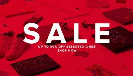 END Clothing Sale Chega aos 50% de desconto