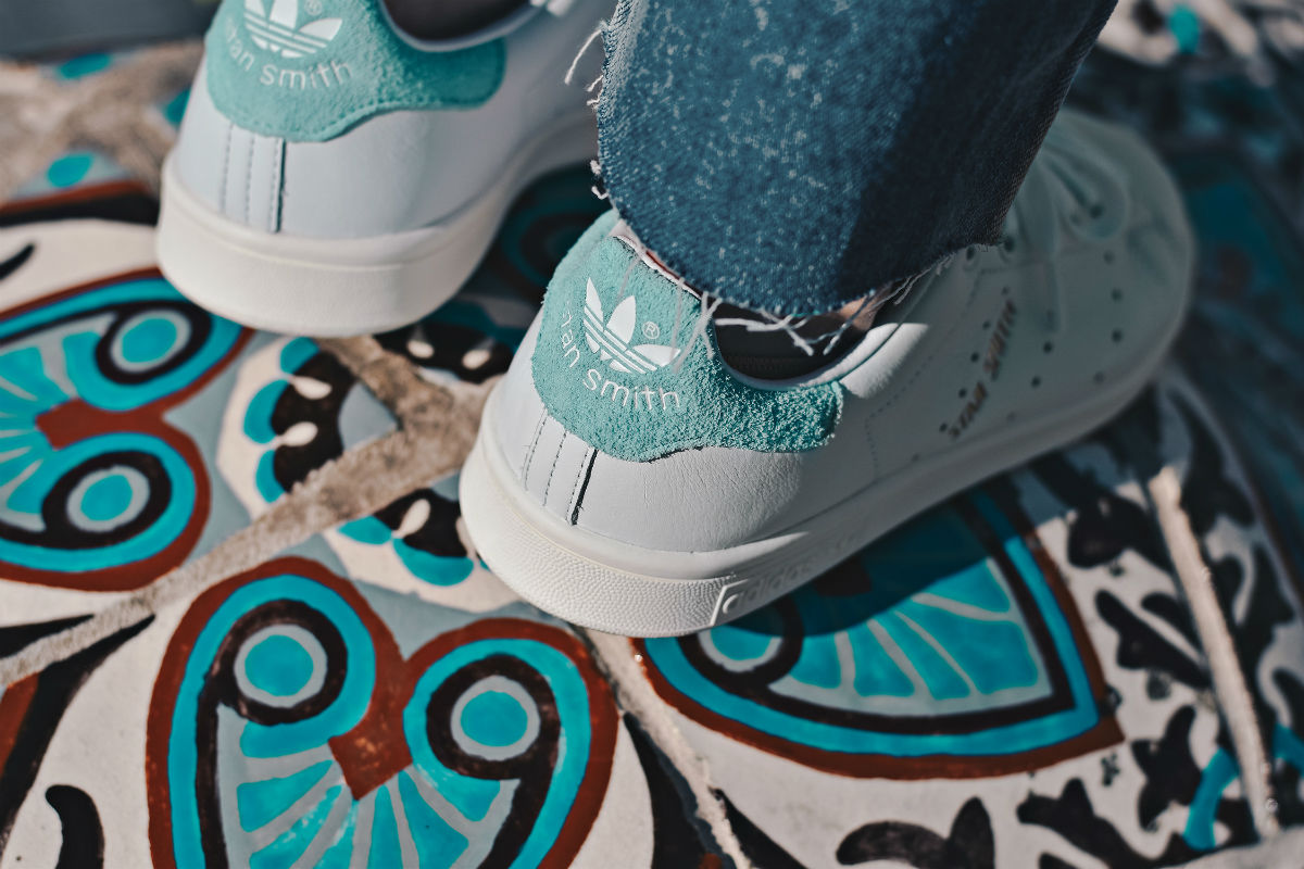adidas-stan-smith-white-energy-aqua-BZ0461-08