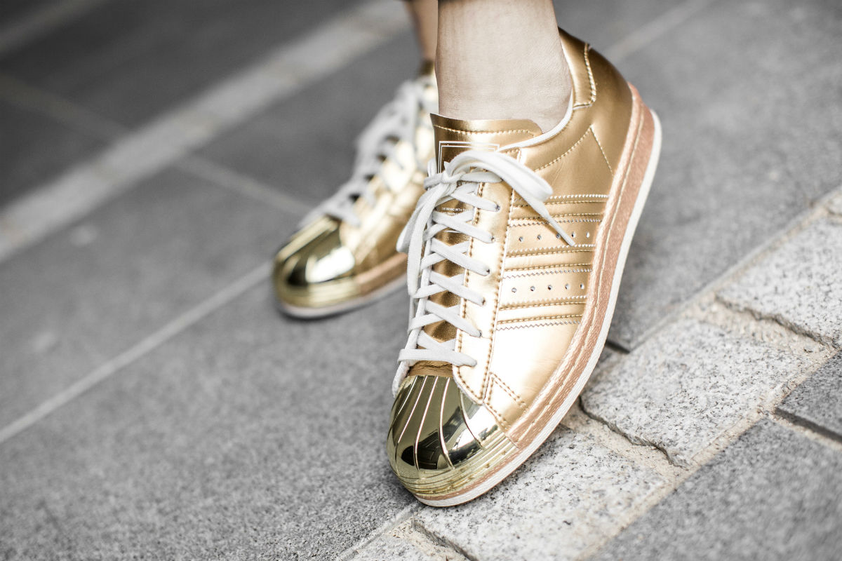adidas superstar gold on feet