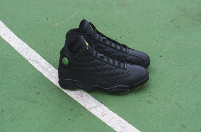 "Air Jordan 13 Retro ""Altitude"""